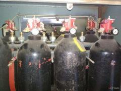 Disposal of cylinders and fire extinguishers for gas fire extinguishing